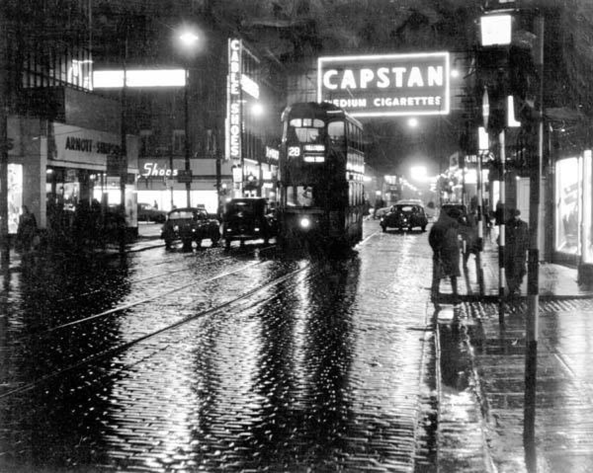 Tinseltown in the Rain (Glasgow Libraries)
