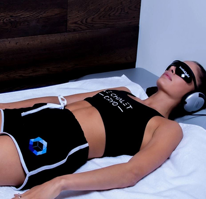 Le Chalet Cryo - Canada Place - Whole Body Cryotherapy for only £39
