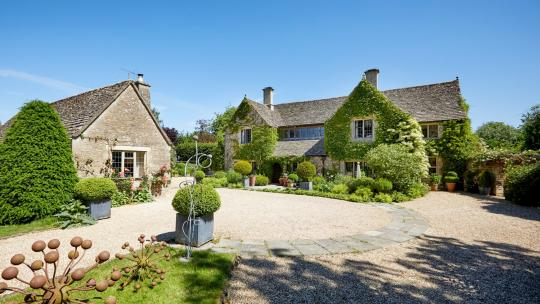 best homes to rent in the cotswolds 02