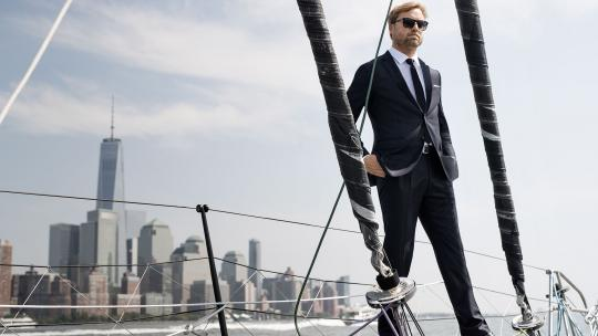 <h1>British Yachtsman Alex Thomson: Sailing Stunts & Life on the High Seas</h1>