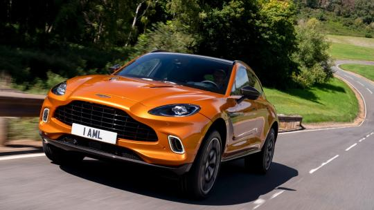 Aston Martin DBX review 05