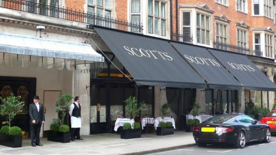 Mayfair's Top Maître D's Spill Their Secrets