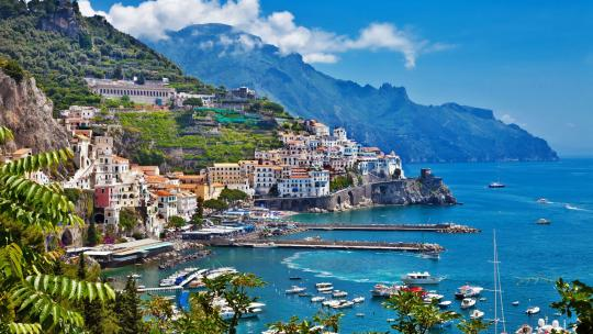 A Luxury Guide to the Amalfi Coast: Sorrento, Positano & Capri