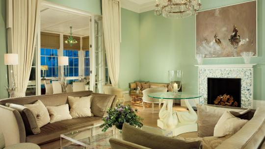 Coworth Park drawing room