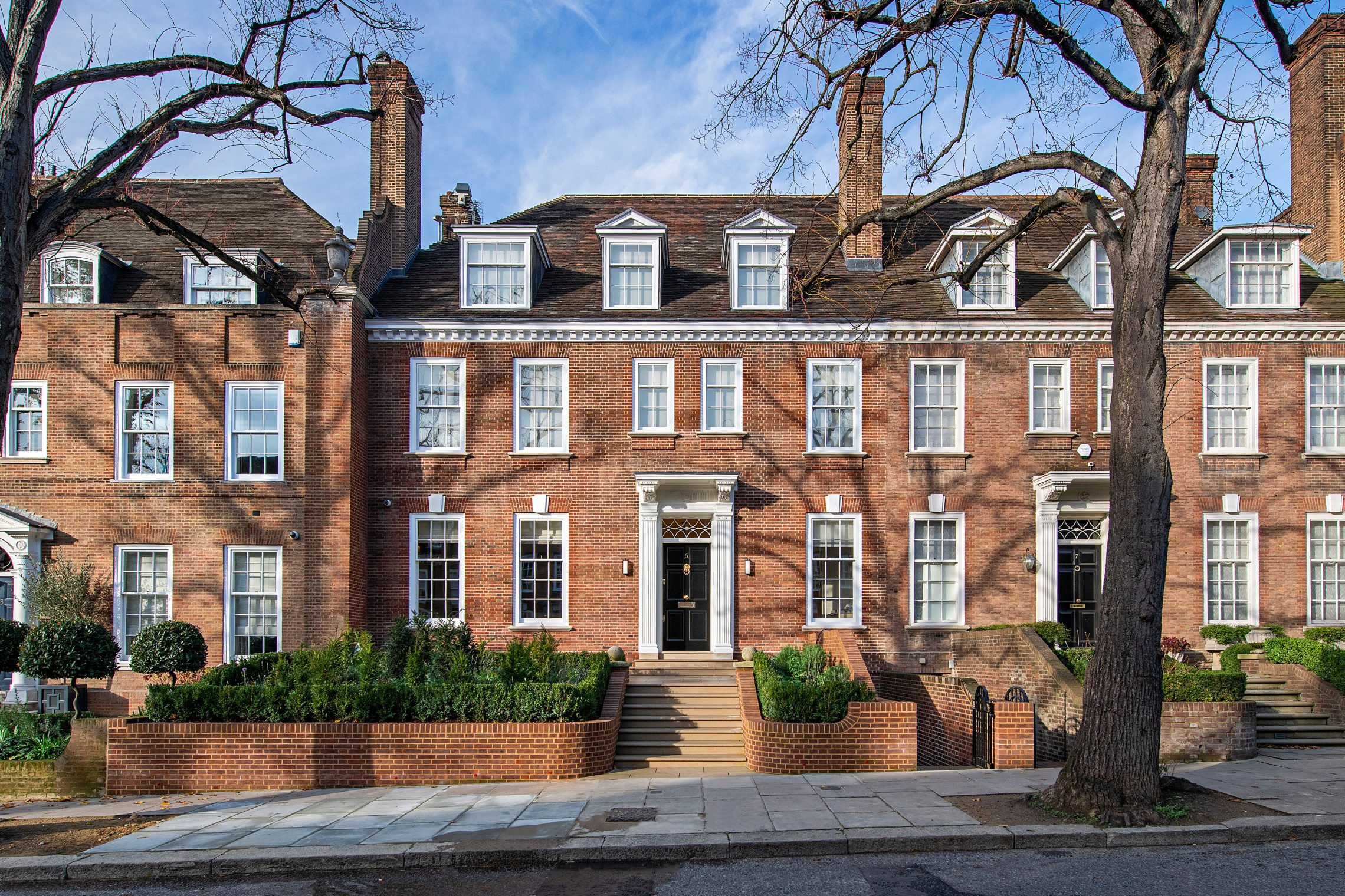 The exterior of a London house on Ilchester Place