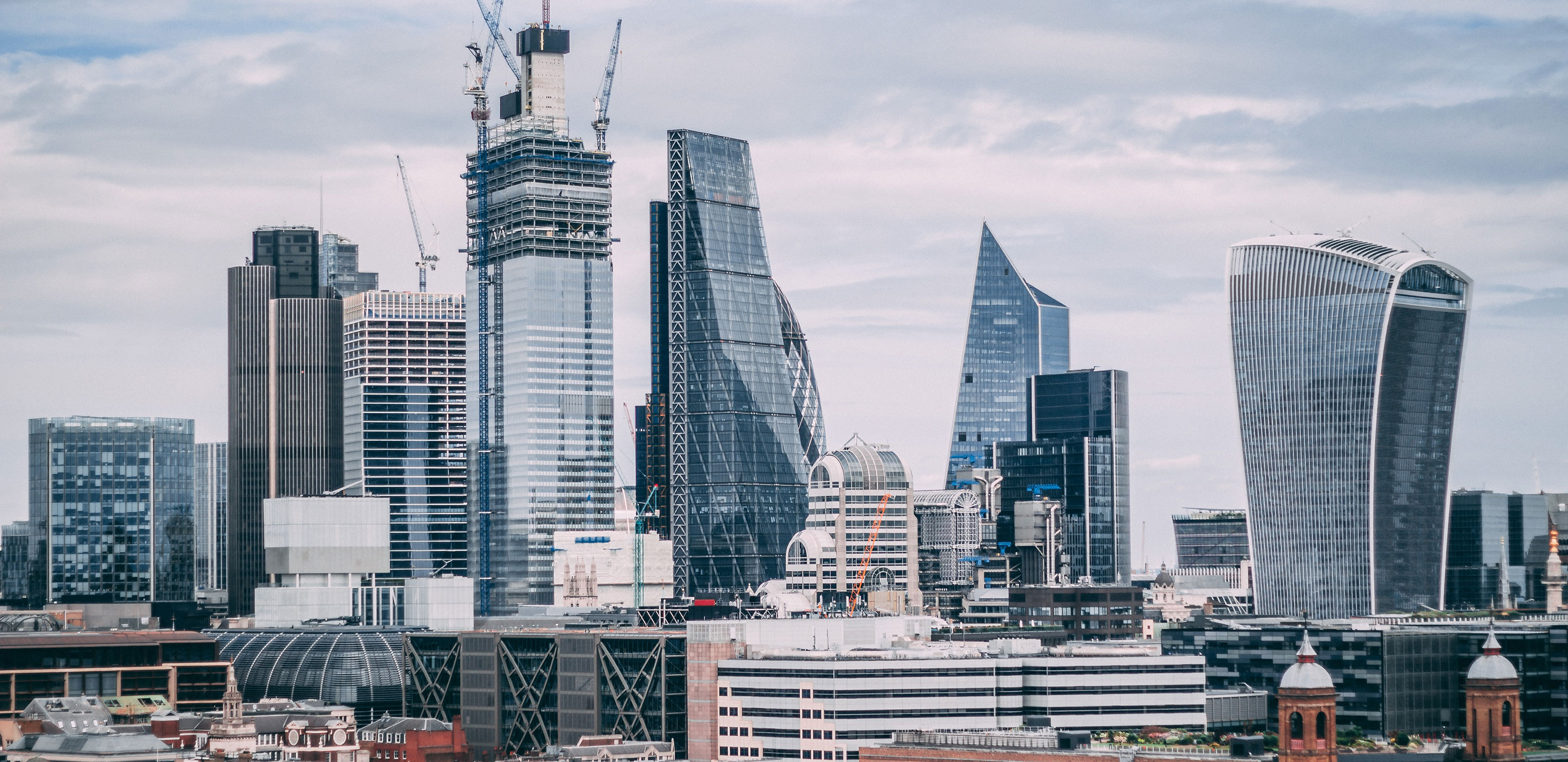 london's most contentious building skyline