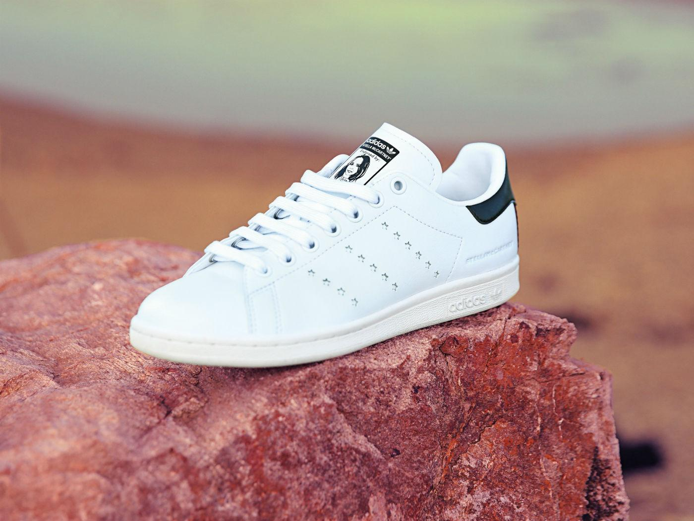 the latest f3d26 fce1b Stella McCartney Creates the First Vegan Adidas Stan Smith ...