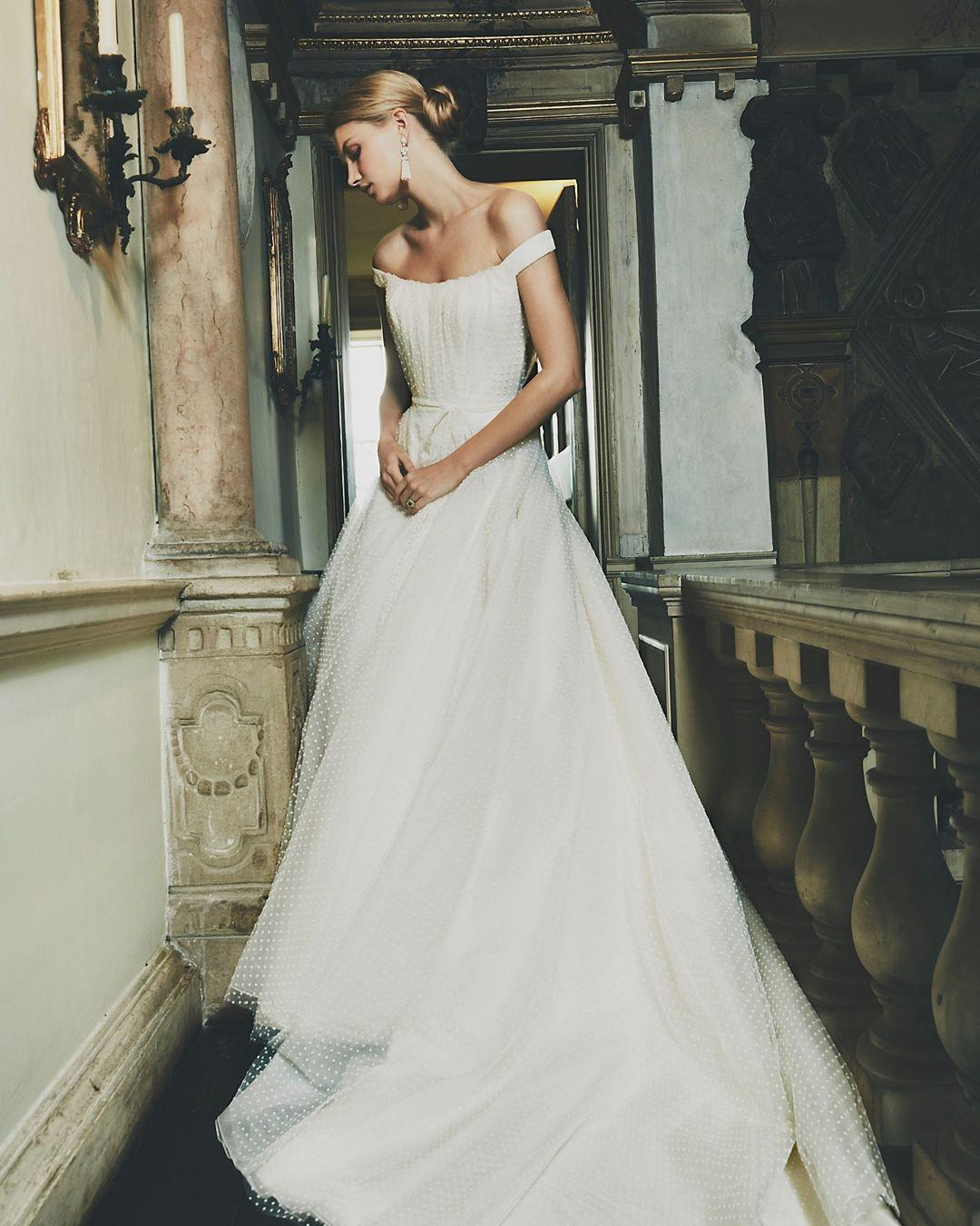 The Best Wedding Dress Shops Bridal Boutiques In London Hers