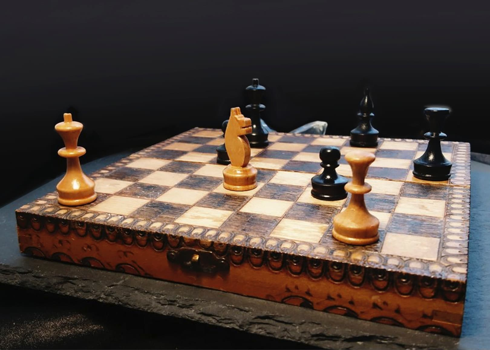 Tile chess 091118