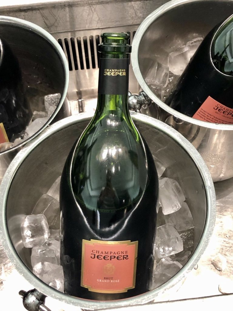 Jeeper Rosé champagne at BA Galleries First Lounge Heathrow