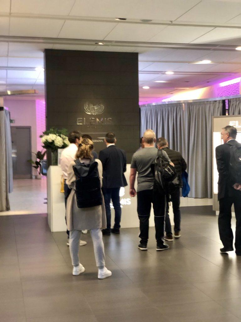 Shower queues in BA Galleries First Lounge Heathrow