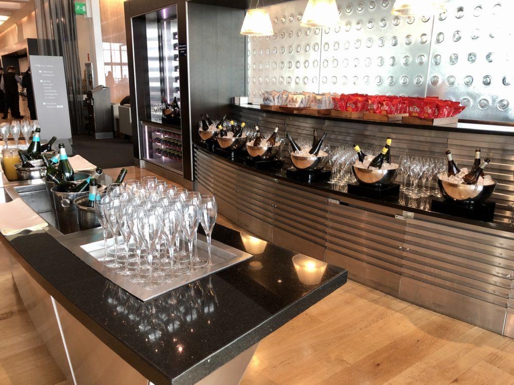 Wine bar at BA Galleries First Lounge Heathrow