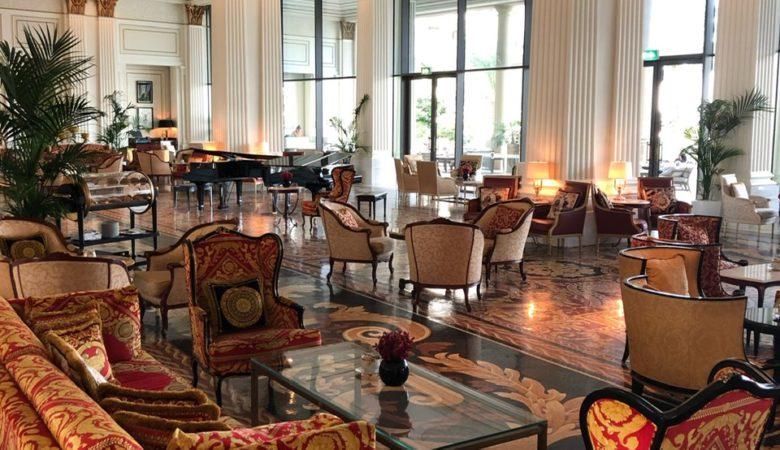 Mosaico bar at Palazzo Versace Dubai