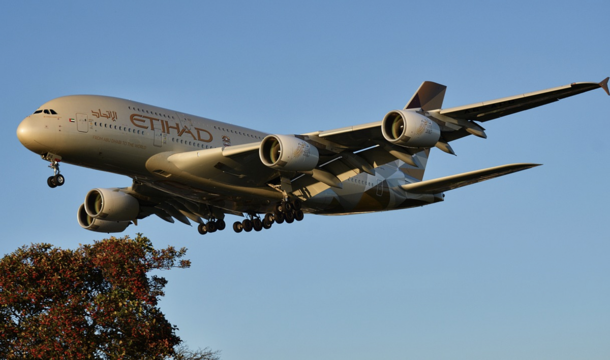 Etihad A380 on final approach