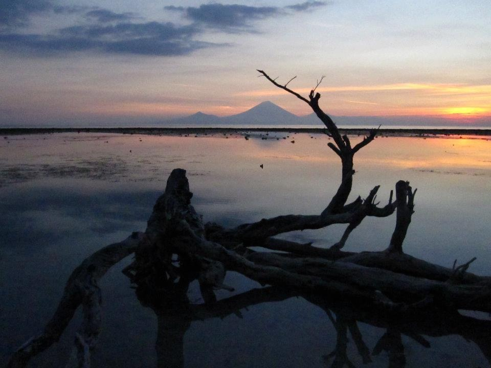 Sunset on Gili Trawangan with Bali in the background