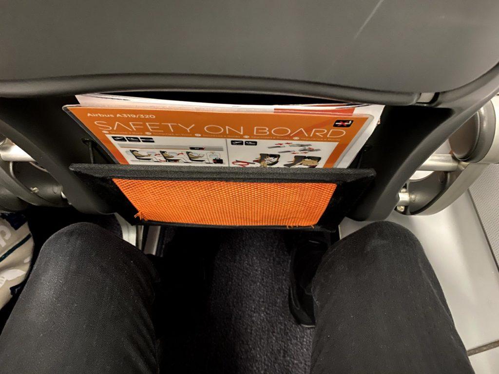 Legroom on Easyjet A320