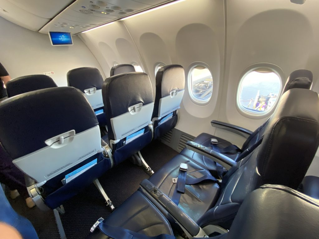 Extra legroom seat on Tui 737 from Gran Canaria to London