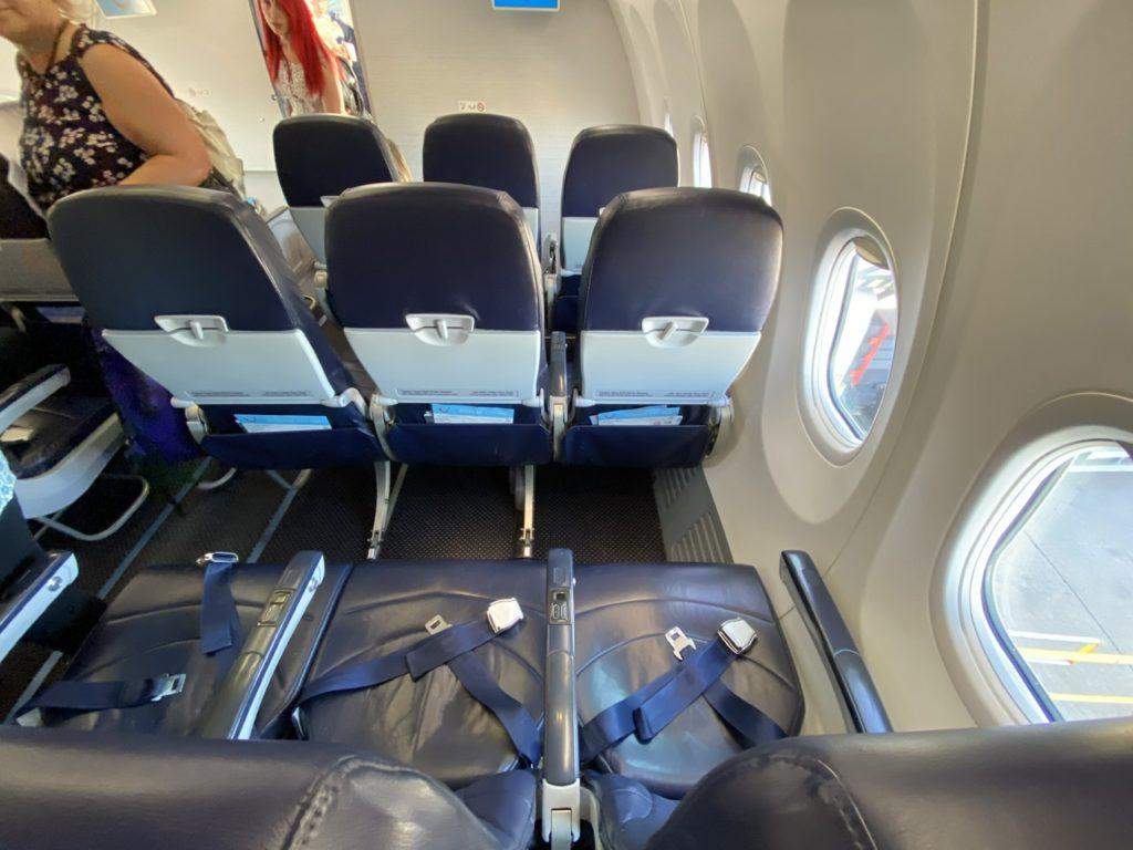 Row 3 Extra legroom seats on Tui 737 Gran Canaria to London