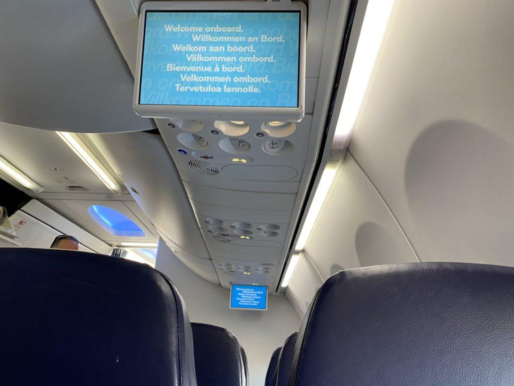 IFE screens on Tui 737 from Gran Canaria