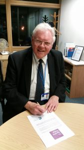 Sir Graham signs Equality Pledge