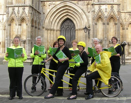 Song cycle - choir on bikes