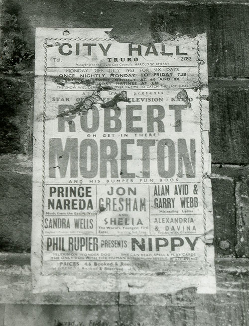 Robert Moreton at City Hall