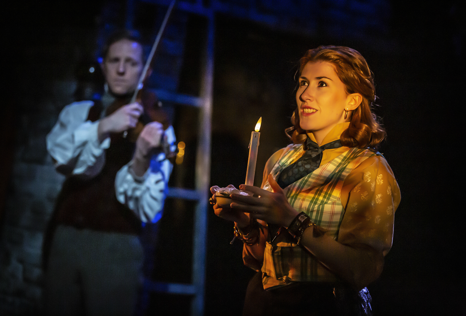 A CHRISTMAS CAROL - The Watermill Theatre