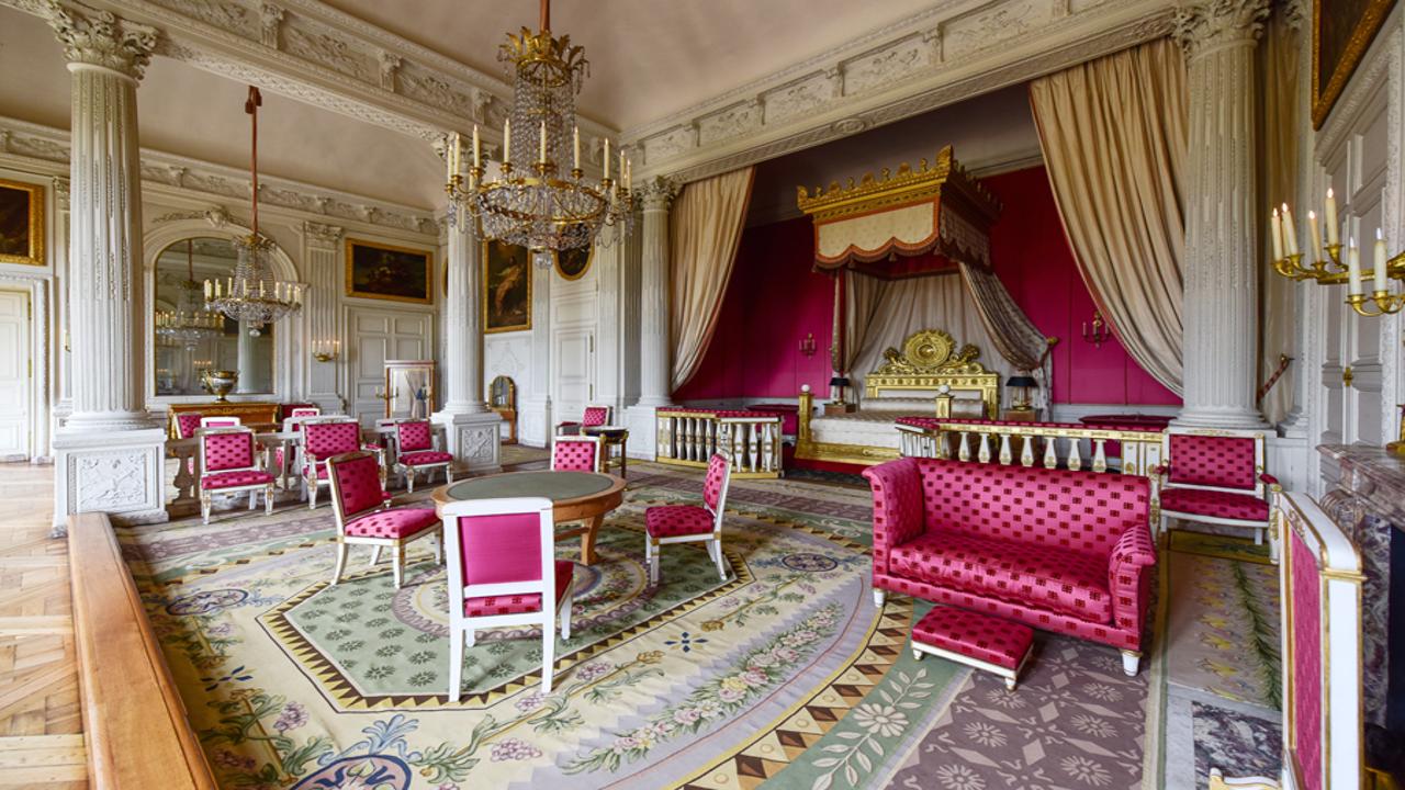 queen_room
