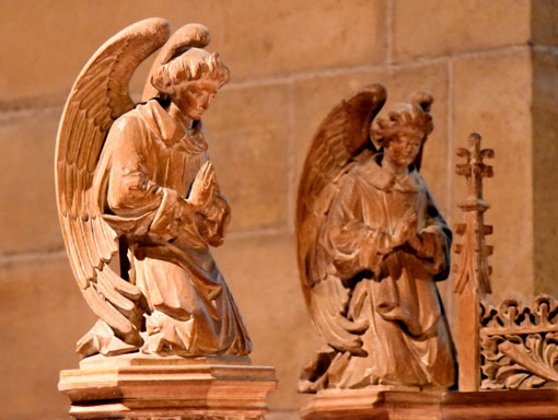 Carved angels on the reredos, Chapel of the Transfiguration (photo: Dick Sanderman)