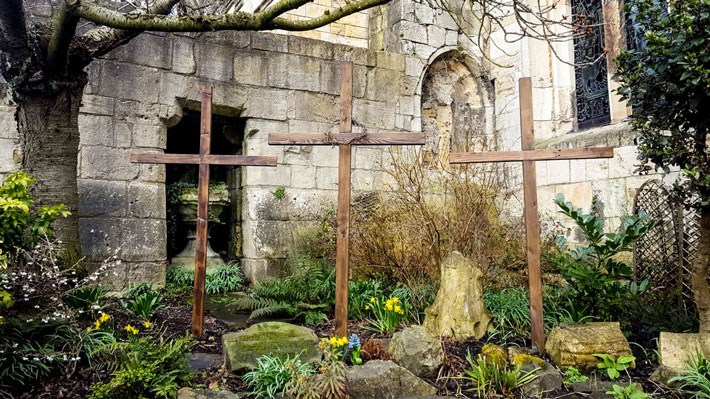 St Olave's Easter Garden
