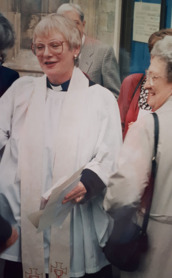 Sue Rushton making history, Gloucester Cathedral 1994