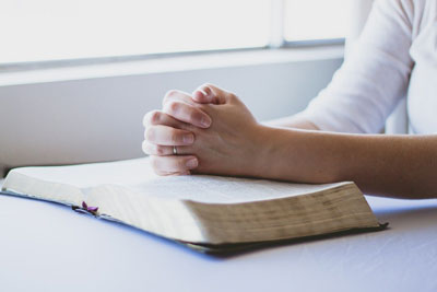 Praying from the gospel or office canticles