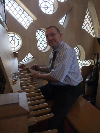 John Ridgeway-Wood at the carillon