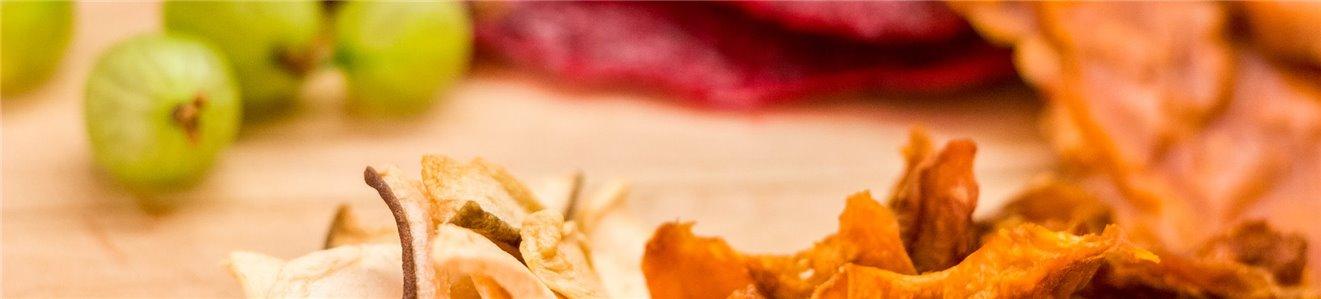 Chips de Kale y fruta deshidratada
