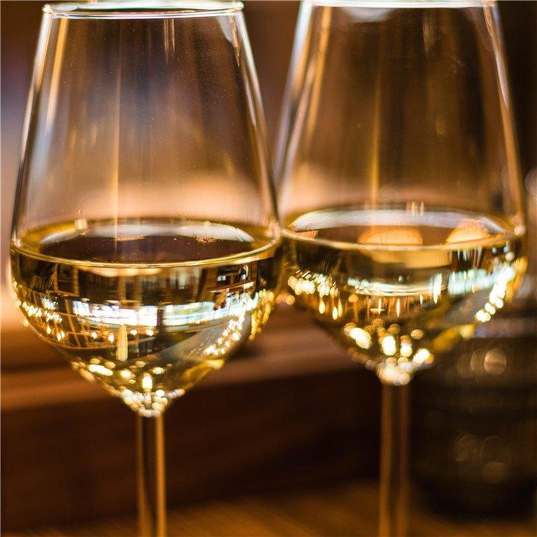 ir a Vino Bianco