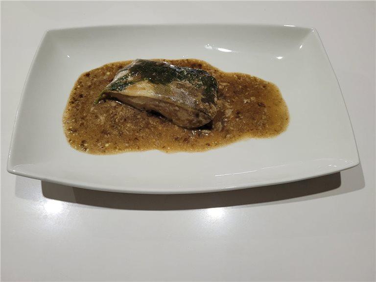 Bacalao con emulsión de ajo negro  (160/180 grs) (Ref. 330037)