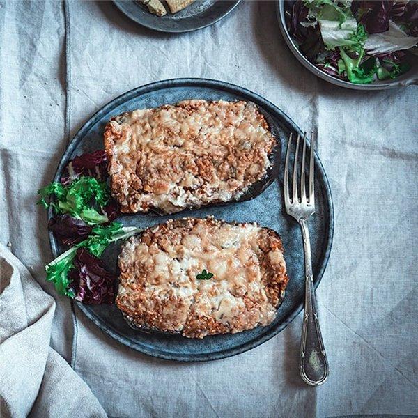 Berenjena a la boloñesa vegana con bechamel de coliflor