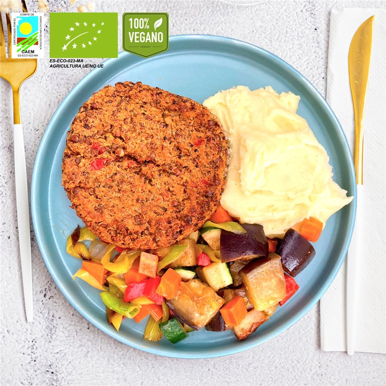 Burger vegana BIO de lentejas y quinoa con puré de patata y verduras de temporada