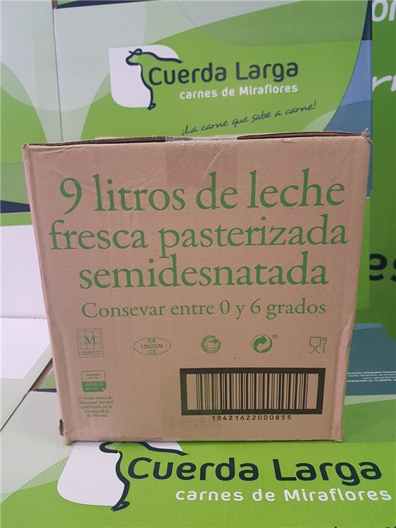 Caja de 9 de litros de leche fresca pasterizada semidesnatada