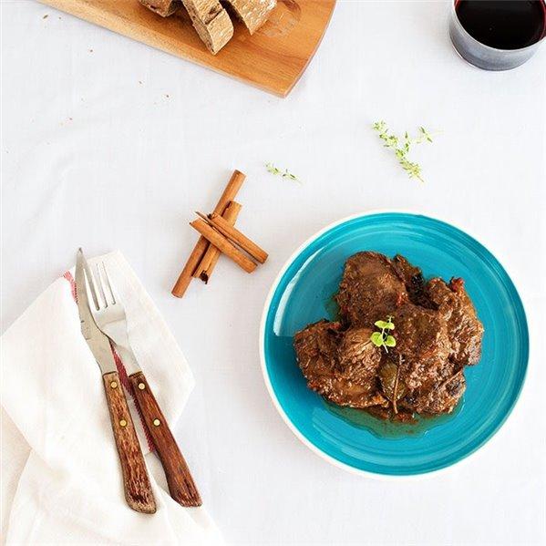 Carrillada ibérica en salsa de canela