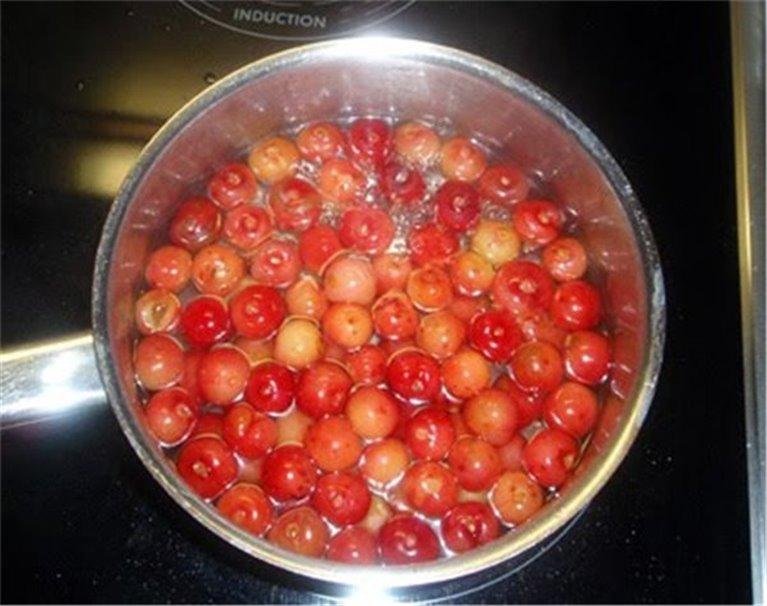 Cerezas ácidas en almibar (sin hueso, 680 gr)