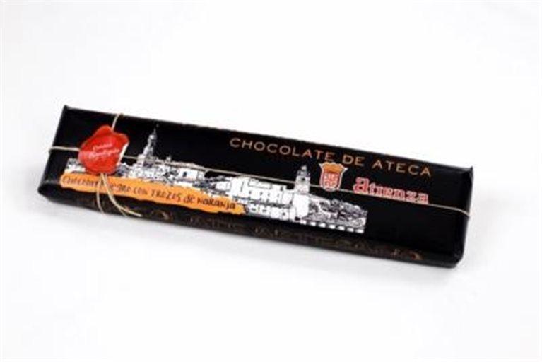 Chocolate artesano negro con trozos de naranja Atienza