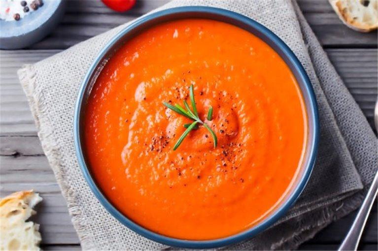 Crema de zanahoria y tomate seco