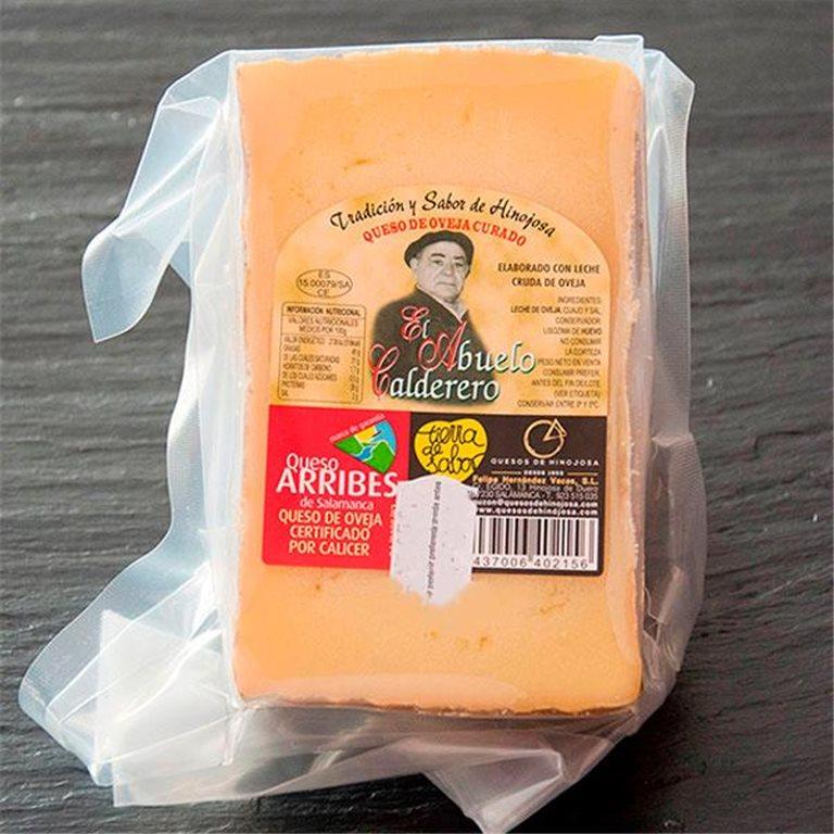 "Wedge of cured sheep cheese ""El Abuelo Calderero"""