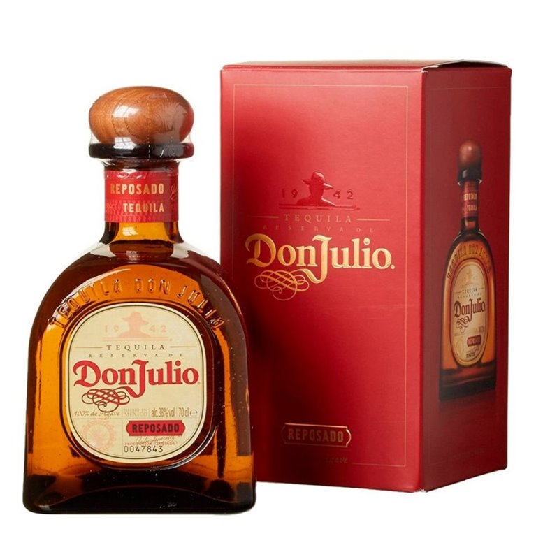 DON JULIO REPOSADO 0,70 L. + ESTUCHE