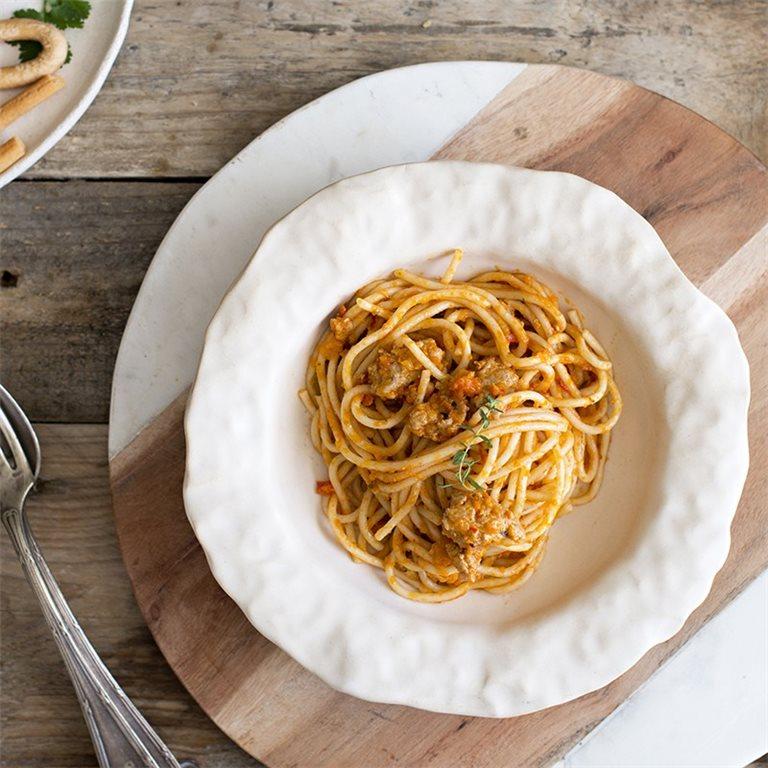 Espaguetis a la boloñesa - 350 g.