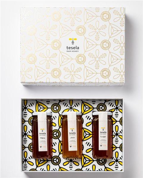 Estuche Étnico regalo miel pura natural gourmet 3 variedades: Azahar, Eucalipto y Milflores Tesela