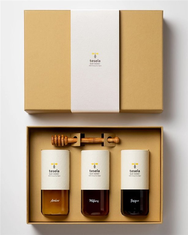 Premium gourmet pure natural honey gift box 3 varieties: Orange Blossom, Forest and Milflores Tesela