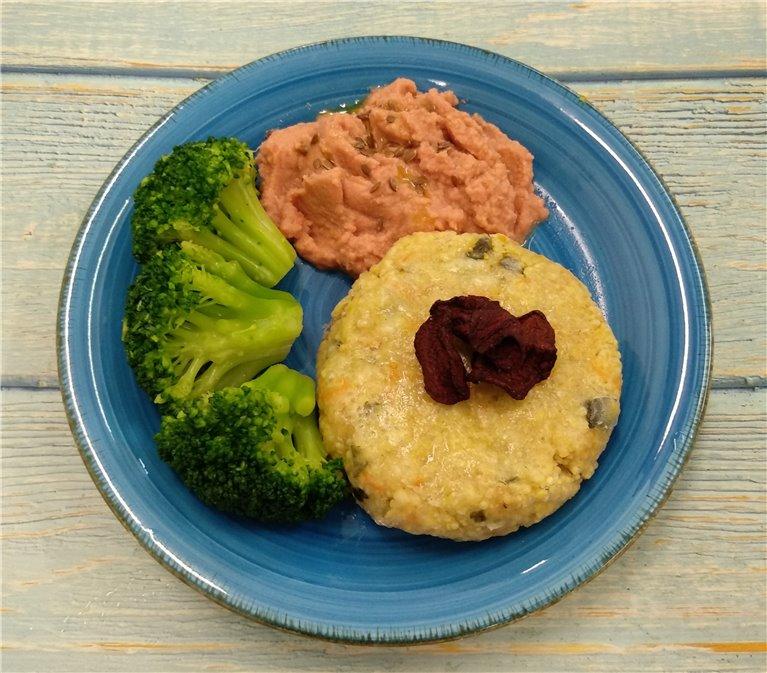 Hamburguesa de quinoa con hummus de remolacha y brócoli, 1 ud