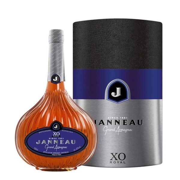 JANNEAU X.O. 0,70 L. + ESTUCHE